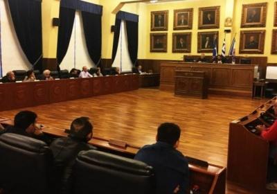 Η αποχή των τριών παρατάξεων της αριστεράς ακύρωσε τη δια περιφοράς έκτακτη συνεδρίαση του Δημοτικού Συμβουλίου Πειραιά